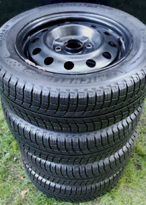 "15"" NISSAN SNOW PKG - MICHELIN Xi3 on 4 BOLT RIMS -GREAT SHAPE !"