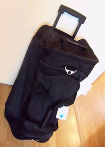 NEW - Umbro Travel/ Duffel / Carrier Bag - Made in Germany