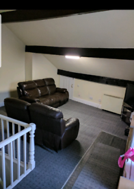 Spacious one bed flat available