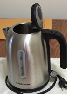 Black and Decker Stainless Steel Electric Kettle