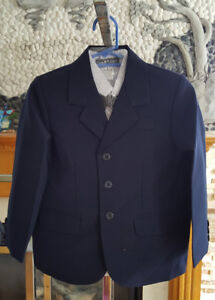 Brand new 5 pieces boy suits and tuxedoes