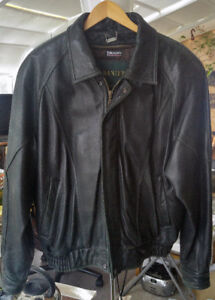 Leather Coat Danier men's quality Medium size, bargain $50