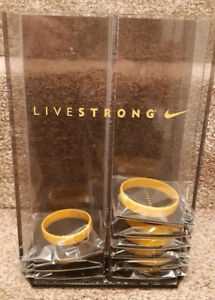 9  LIVESTRONG Bracelets Lance Armstrong NEWwith Plastic Livestr