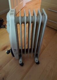 DeLonghi Oil filled Radiator