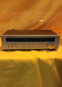 RADIO SHACK REALISTIC AM/FM STEREO TUNER FOR SALE!