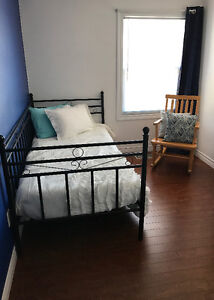 Looking for quiet student/professional for shorter term rental