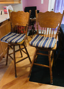 Oak High Back Bar/Kitchen/Counter Chairs (2)