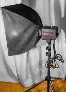 Studio Flash head Godard GS20 with stand, soft boxes, and more.