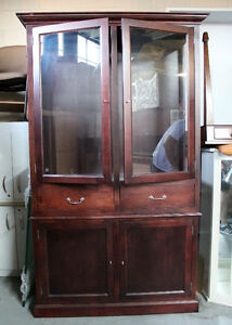 Wooden Display Cabinet/Hutch