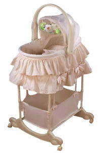 The First Years Carry Me Near 5-in-1 Bassinet