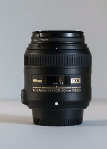 Nikon AF-S DX Micro 40mm f/2.8G - Like New