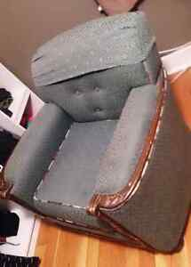 Handcrafted Arm Chair Peterborough Peterborough Area image 2