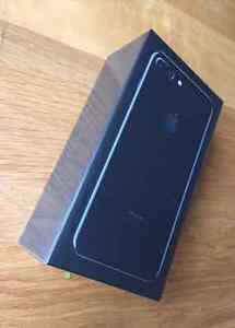 iPhone 7 jet black 128GB brand new 2 week old with rogers box