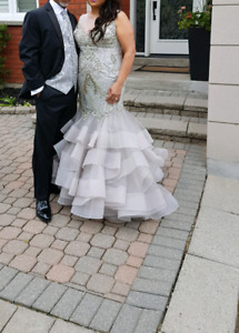 Mother of The Bride/Mother of The Groom - Stunning Silver Dress