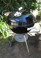 WEBER KEETLE CHARCOAL BARBEQUE - BBQ with EXTRAS