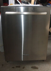 KITCHEN AID STAINLESS STEEL DISHWASHER FOR SALE!