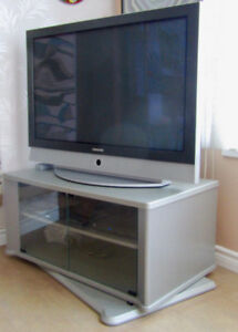 Swivel TV Stand/Cabinet w. 2 Glass Doors