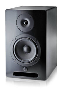 2 Yorkville YSM6 Studio Monitors