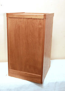 PERFECT SOLID WOOD OAK Filing Cabinet SEE VIDEO Kitchener / Waterloo Kitchener Area image 2