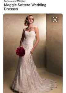 Wedding Dress Maggie Soterro Emma