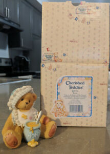 Cherished Teddies Kara honey of a friend