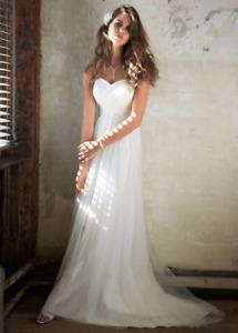 Size 7 / 36B David's Bridal Galina Wedding Dress