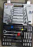 Ratchet and wrench set
