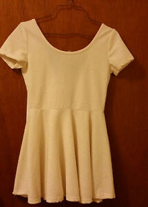 Ivory babydoll dress with bow London Ontario image 1