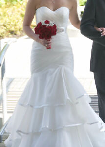 WEDDING DRESS - Size 6