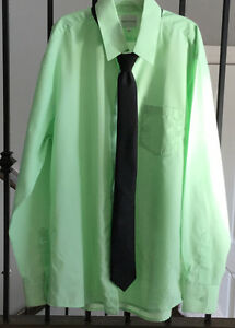 Size 18 green dress shirt and black tie