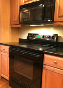 Kenmore Black electric stove like Brand New