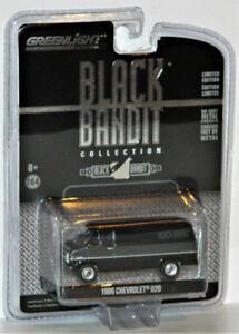 Greenlight Black Bandit 1/64 1986 Chevrolet G20 Diecast Car