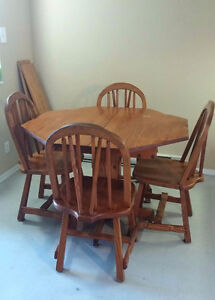 4 Place Wooden Dinning Table Set (with extensions)