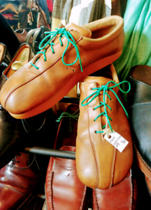 Vintage roots earth shoes. Mens 10.5