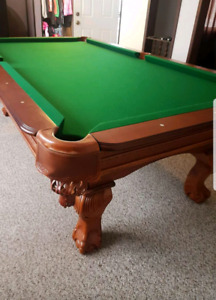 8 foot pool table and accessories