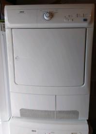 Zanussi ZDC47100W Freestanding Condenser Tumble Dryer 7kg ZDC47100W