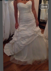 Affordable Stunning Slim Fitting Wedding Gown