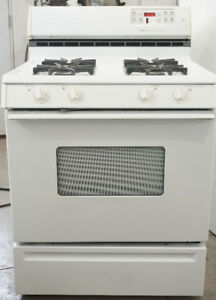 Magic Chef GAS Stove in perfect working condition