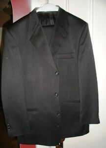 Two quality mens suits - one white shirt - made in Canada Cornwall Ontario image 4