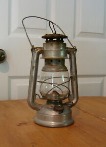 ASSORTED OIL LANTERNS