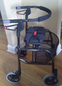 NEXUS 3 walker with basket, medium, perfect condition