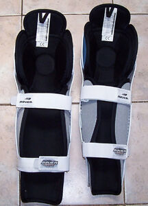Bauer SG300 Sr Hockey Shin Guards London Ontario image 2