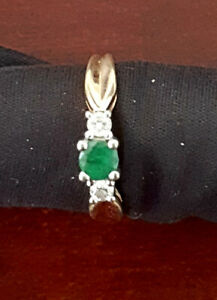 Gold ring 10K size 7 with emerald and diamonds
