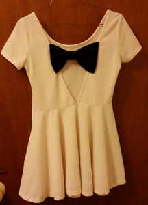Ivory babydoll dress with bow London Ontario image 2