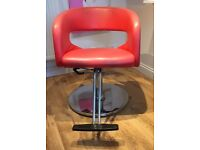 Hairdressing Barber Vintage Retro feel styling chair