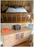 Queen bedroom set/set de chambre Queen