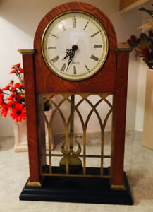BOMBAY – SOLID WOOD – SHELF / MANTLE CLOCK – MINT!!