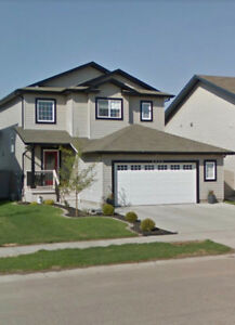 4 bed, 3.5 bath House for Rent Morinville