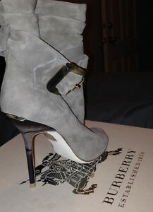 Burberry Trench Buckle Ankle Boots Kitchener / Waterloo Kitchener Area image 3
