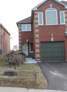 FULL HOUSE FOR RENT IN BRAMPTON (Queen and Chinguacousy)